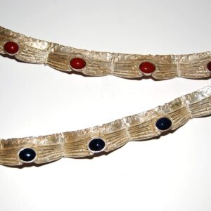 Bracelet with 4 Lapis Lazuli Bracelet with red Agate